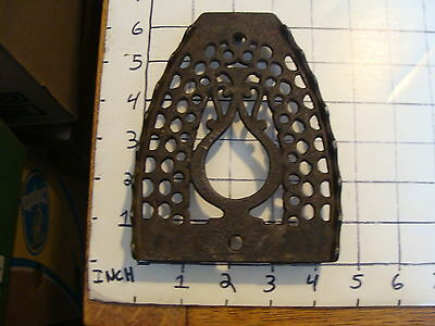 Original Vintage CAST IRON TRIVET 1800'S or early 1900's #19