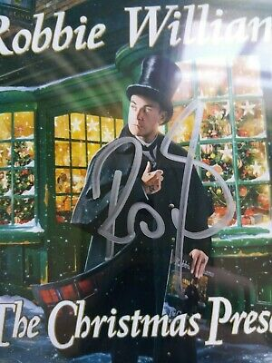 Robbie Williams  Autograph Signed Cd  The Christmas Present  With 2 Cassettes 55