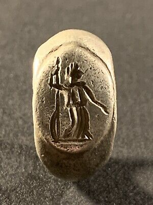 Beautiful Ancient Roman Silver Ring Depicting Jupiter / Zeus Circa. 100-400 Ad