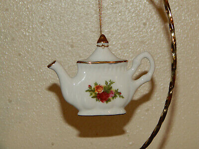 Vintage 1962 Royal Albert Fine China Old Country Roses Teapot Christmas Ornament