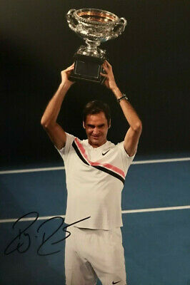 Tennis ~ Roger Federer ~ SIGNED PHOTO 12X8 WITH COA