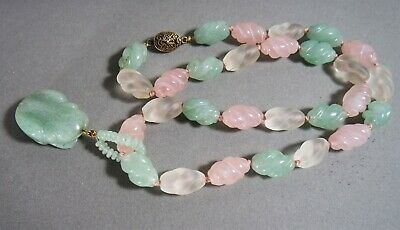 Vintage Chinese Carved Rose Clear Quartz  Jade Color Stone Necklace Frog Pendant