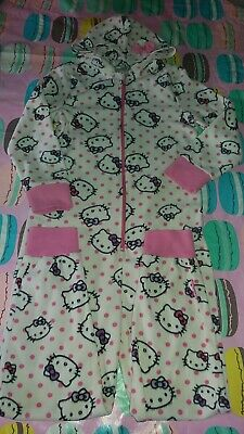 Girls used hello kitty onies night wear. Size 8/9/ years old..