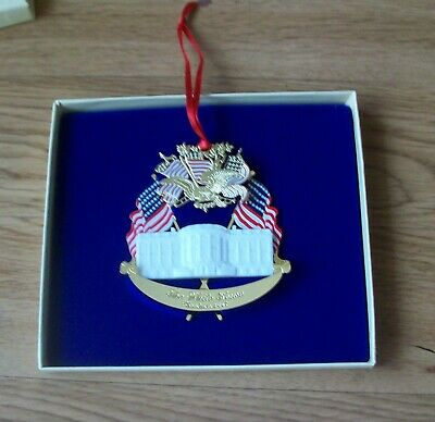White House 1995 Christmas Ornament, A Patriotic Christmas, 2 Inserts & Box, Exc