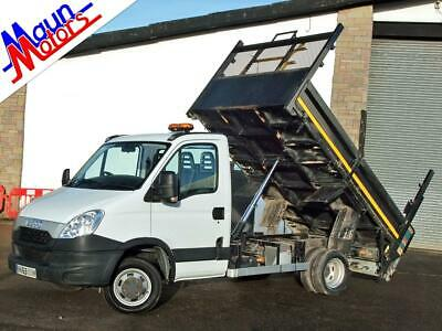 """2013 """"63"""" Iveco Daily 50C15 HGV 1-Way TIPPER with Tail Lift, Air Con, MWB,"""