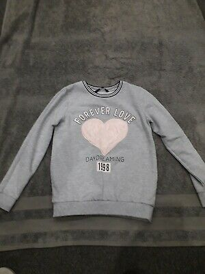 Girls Sweatshirt Age 8/9yrs Grey And Pink With Heart On