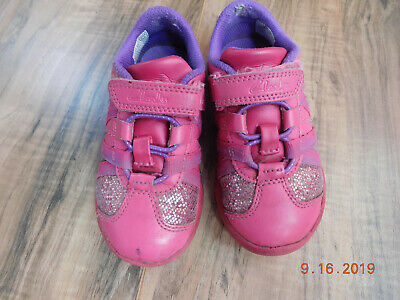 Clarks leather light up toddler girl velcro closure shoes size 8 Pink
