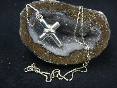 """Signed JC ITALY Sterling Silver 18.5"""" Chain Necklace & Cross Pendant 7.1 grams."""
