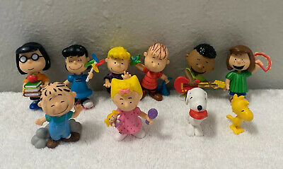 Charlie Brown Snoopy LOT oF 10 PEANUTS CHARACTER FIGURES JP Brand PNTS the Gang