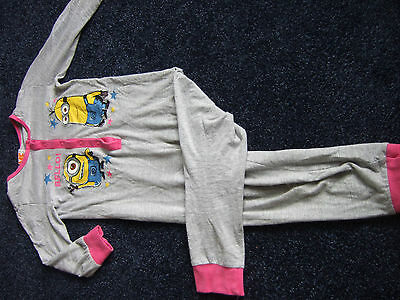 childs despicable Me pyjama suit aged 5 - 6  no feet poppers to fasten