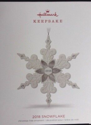 Nib 2018 Hallmark Keepsake Christmas Ornament Snowflake Porcelain New