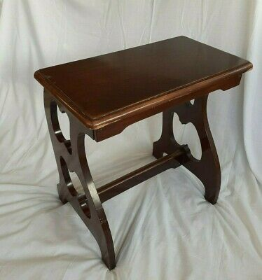 Victorian antique mahogany piano stool/table, stylish curved legs