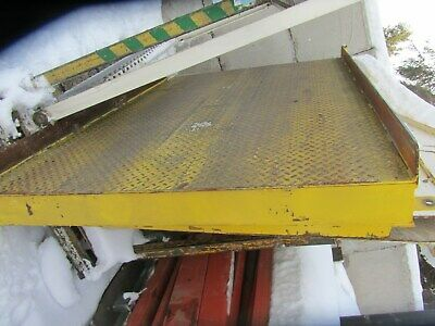 """Steel Ramps, Dock Loading/Unloading 4' W X 6' L With Approximately 4-1/4"""" Rise"""