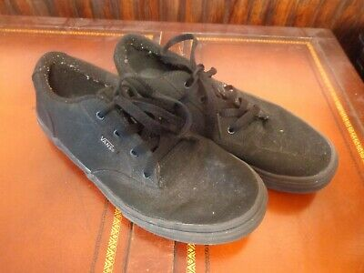 Boys Girls size 6 youth Black Vans Sneakers Free Shipping
