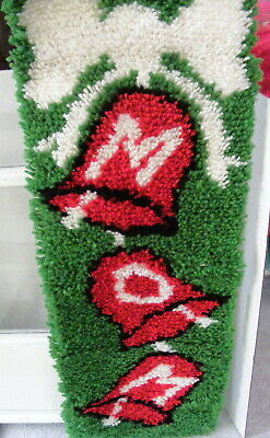 Bucilla? Rug Latch Hook Wall Hanging Banner MOM Christmas Finished Vintage?