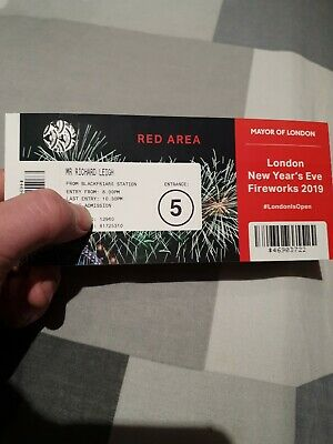 2 London Fireworks Tickets 2019/2020 (Red area)