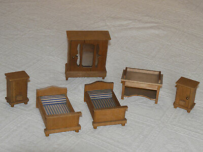Beautiful rare antique wooden dolls house bedroom set early 20th century