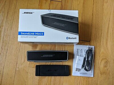 Bose SoundLink Mini II Bluetooth Speaker Carbon excellent condition includes box