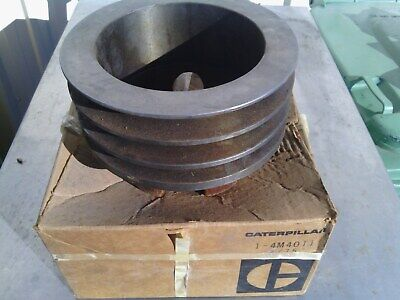 Caterpillar pulley 4M4011 7M9555 new old stock item. Suit 12E motor grader.
