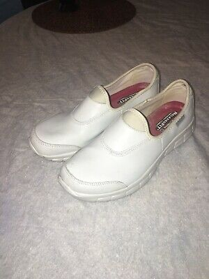 """SKECHERS Women's """"Sure Track Work"""" White Leather Slip Resistant Shoes Size 8.5"""