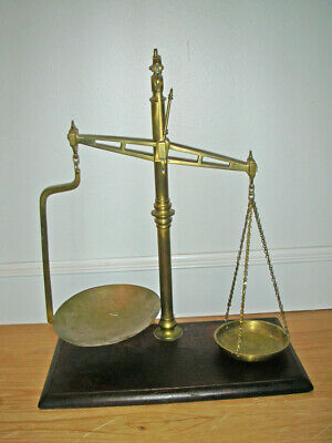 Vintage W&T Avery Agate Brass Balance Scale with Base