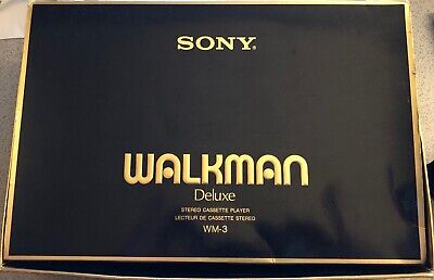 SONY Walkman WM-30 - Rare - Near perfect condition! - with leather case & manual