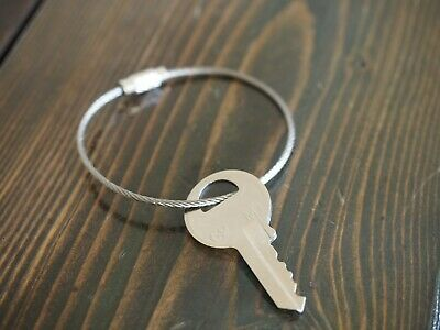 10pcs Stainless Steel Wire Loop Keychain Cable Key Ring Chain Outdoor Cxz Am3rs