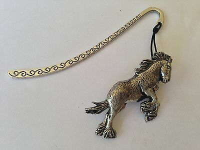 Running Horse E00 Horse /& Equestrian Pattern bookmark with cord 3D English pewter charm