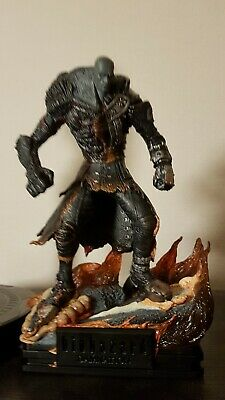 Resident Evil Damnation Super Tyrant Diorama Statue Figure