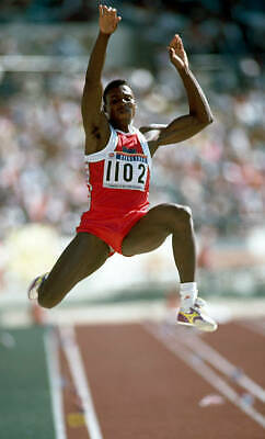 1988 SEOUL OLYMPICS PHOTO Carl Lewis Of The United States 1