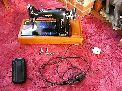 Stunning Vintage Pfaff 30 Semi Industrial Electric Sewing Machine