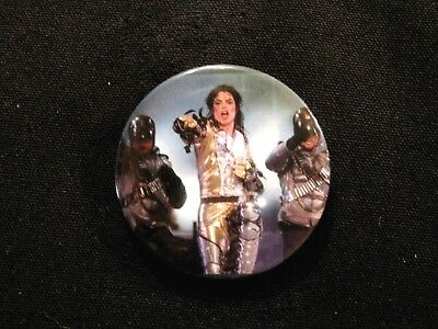 Michael Jackson New Badge Button Pin Uk Import