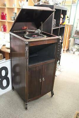 An Antique Gramophone by Masterpiece with Selection of 30 Bakalite 78's