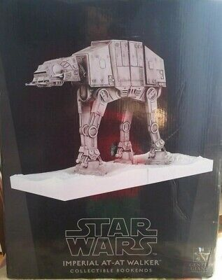 Star Wars - Imperial At-At Walker Bookends Gentle Giant NEW IN BOX (Damaged Box)