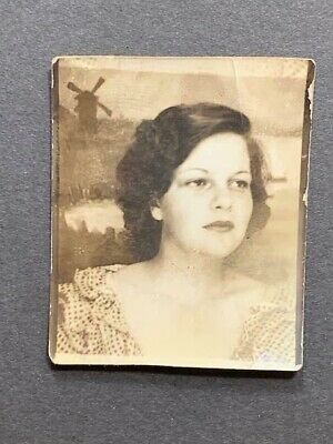 Antique Photobooth Arcade Photo Beautiful Young Woman Girl 1930s