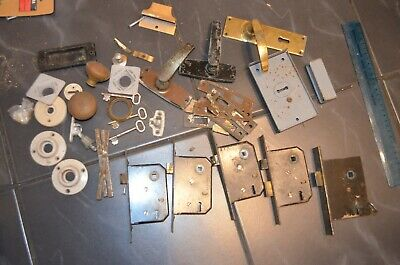 Job Lot Of Vintage Door Locks, Handles, Door Knobs, Keys,