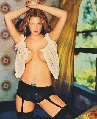 Drew Barrymore - Very Sexy Attire And Pose !!!