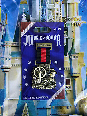 Disney Parks Magic Of Honor Pirates Of The Caribbean LE2000 Pin