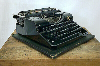 "Rare 1930s German Government ""Diplomat"" Olympia Working Typewriter & Case!"