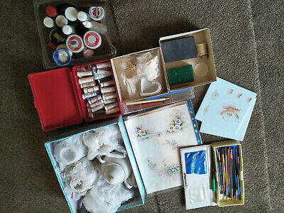 ceramic paints kit includes ceramic items brushes oils transfers sold as lot