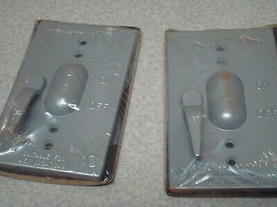 Lot Of 2 Red Dot Cct Vertical Switch Cover For Wet Locations Thomas Betts