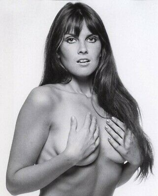 Caroline Munro Signs For You - Photo #2 - All proceeds go to charity!