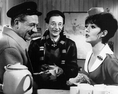 Amanda Barrie Signs For You - Carry On - Photo #5 - All proceeds go to charity!