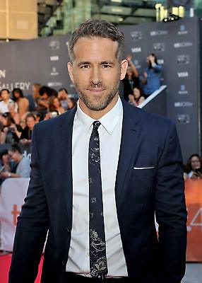 Ryan Reynolds Poster A4 A3 A2 A1 Gift Present AS0198
