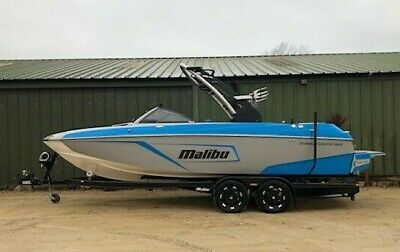 2019 Malibu 22LSV Wakeboard Wakesurf Boat - Dual fuel, Loaded with options!