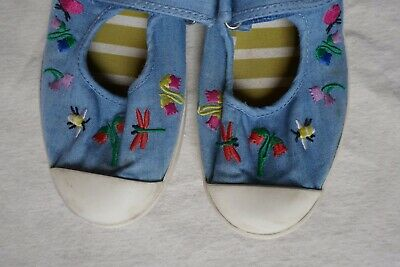 Mini Boden Girls Chambray Shoes - With Bee & Flower embroidery - size UK 2/EU34