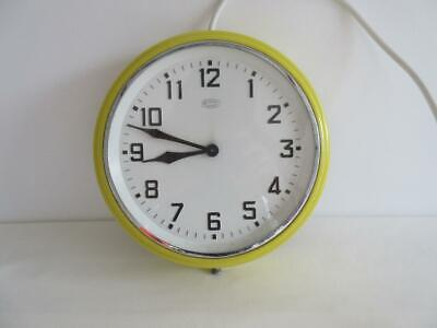 Lovely Vintage Retro 60'S/70'S Yellow  Metamec Synchronous Electric Wall Clock