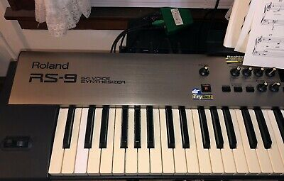 Roland RS-9 64 Voice Synthesizer - Great Condition (Pre-Loved). Manual incl.