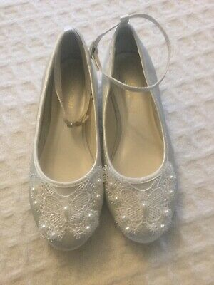 Monsoon Girls Ivory Satin With Pearl Detail Shoes Size 13 Nwot