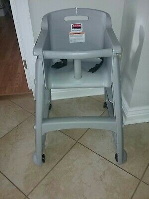 Rubbermaid Sturdy Chair Youth Seat with Microban, Plastic w castors platinum